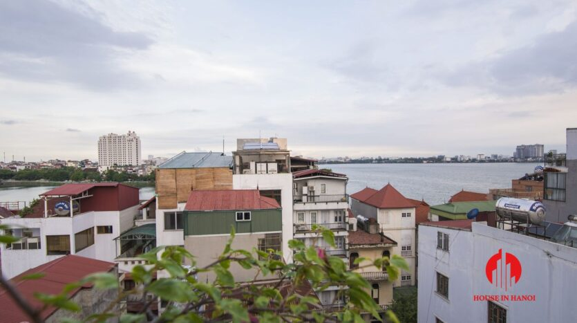 affordable lake view apartment on xuan dieu west lake 9