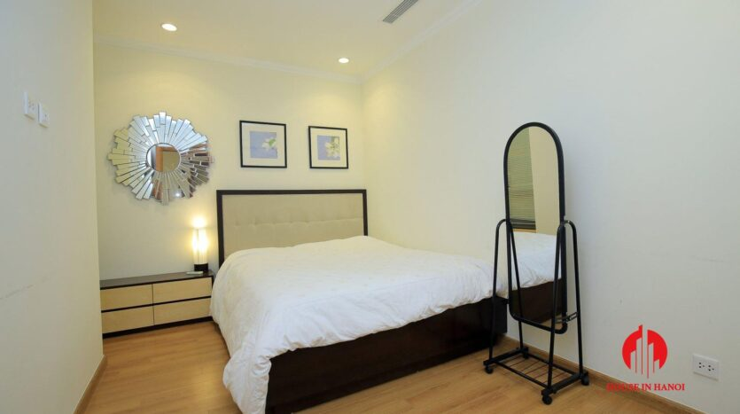 apartment for rent in vinhomes nguyen chi thanh 8