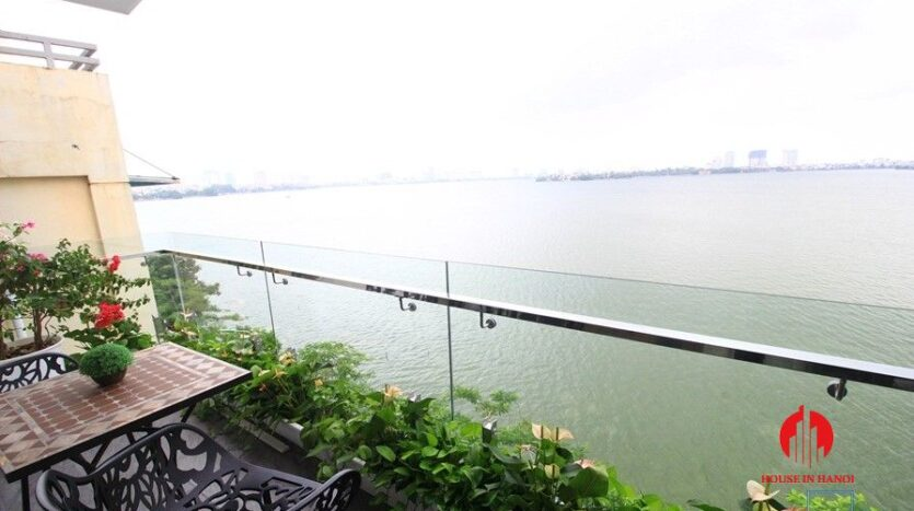 apartment for rent on nguyen dinh thi 12