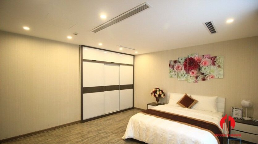 apartment for rent on nguyen dinh thi 17