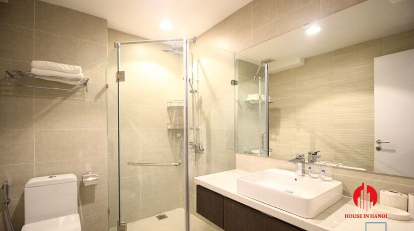 apartment for rent on nguyen dinh thi 18