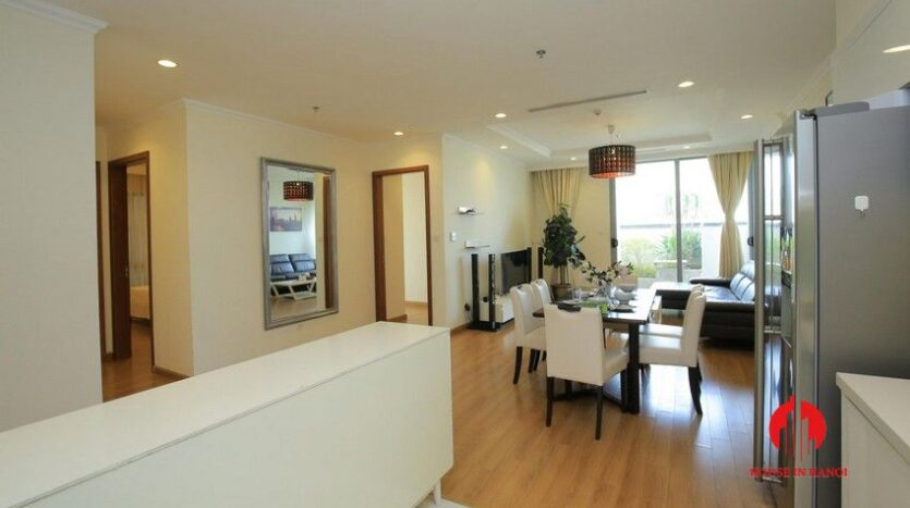 big balcony apartment for rent in vinhomes nguyen chi thanh 4