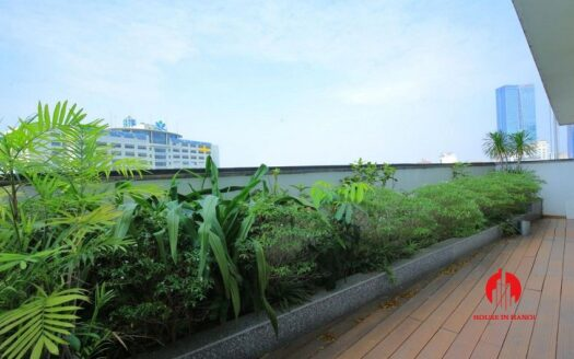 big balcony apartment for rent in vinhomes nguyen chi thanh 8