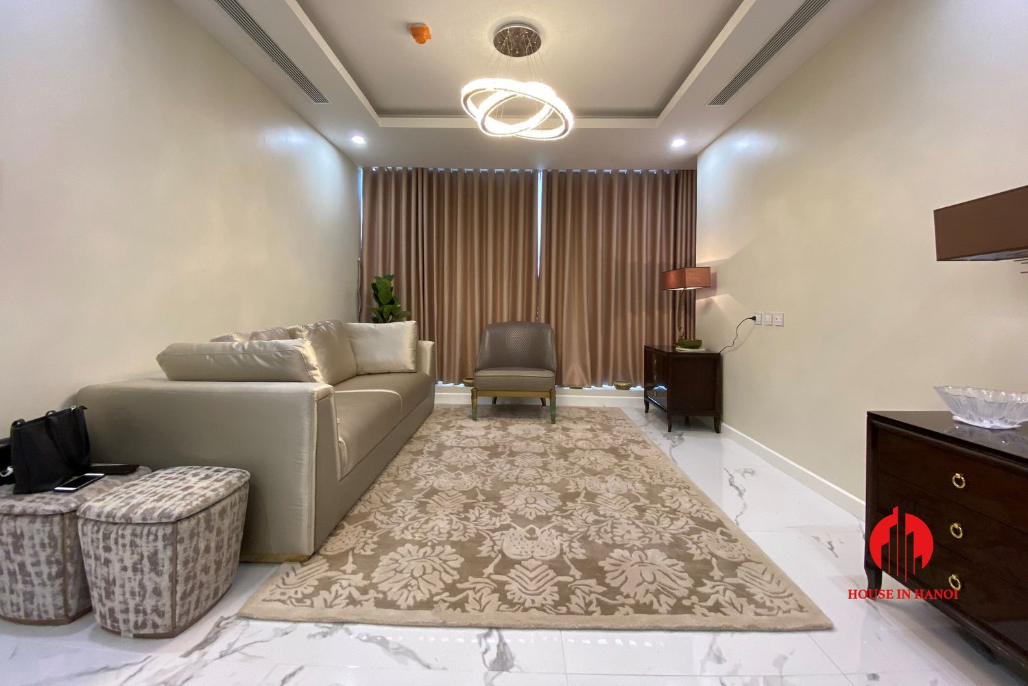 cheap semifurnished 2br apartment for rent in sunshine city