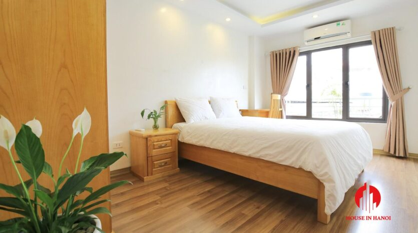 cheap apartment for rent on hoang quoc viet 2