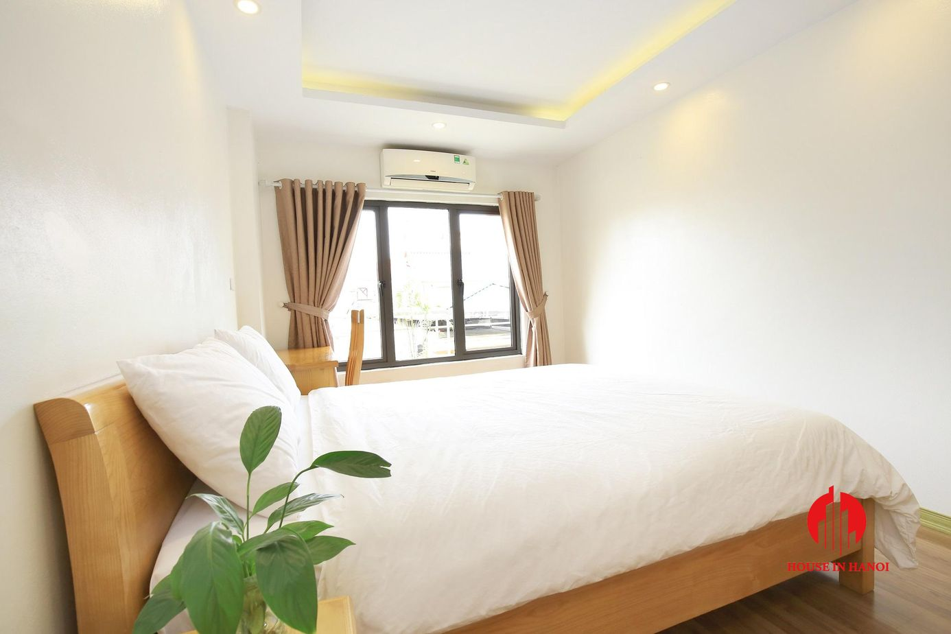 cheap  nice 1 bedroom apartment for rent on hoang quoc