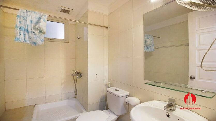 cheap but nice apartment for rent in e4 ciputra 10