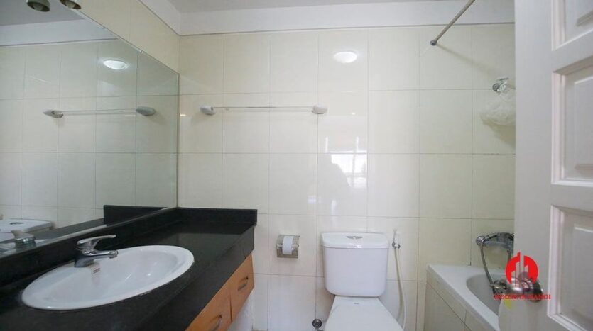 cheap but nice apartment for rent in e4 ciputra 2