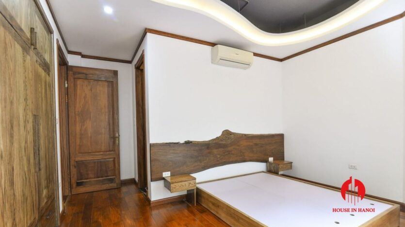 fashionable 4 bedroom apartment on to ngoc van 6