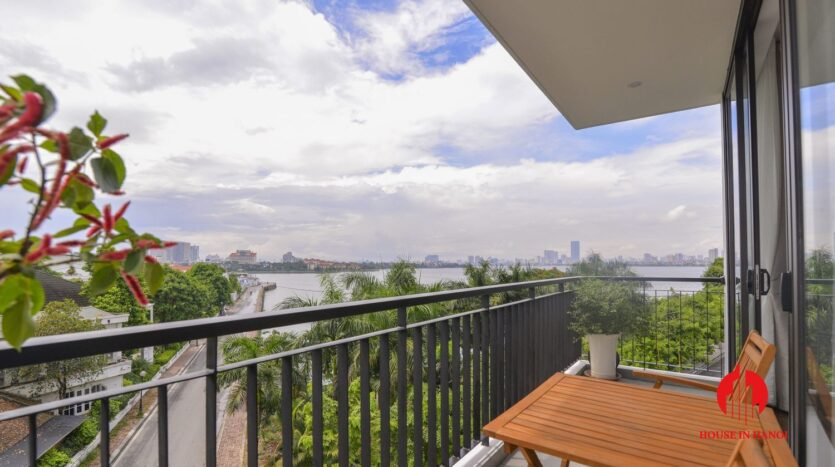 graceful apartment for rent on nhat chieu 3