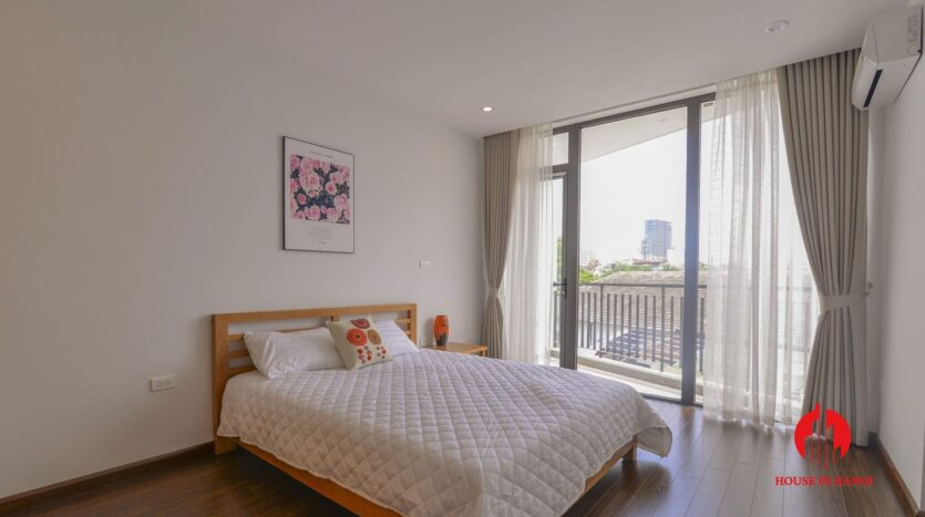 graceful apartment for rent on nhat chieu 8