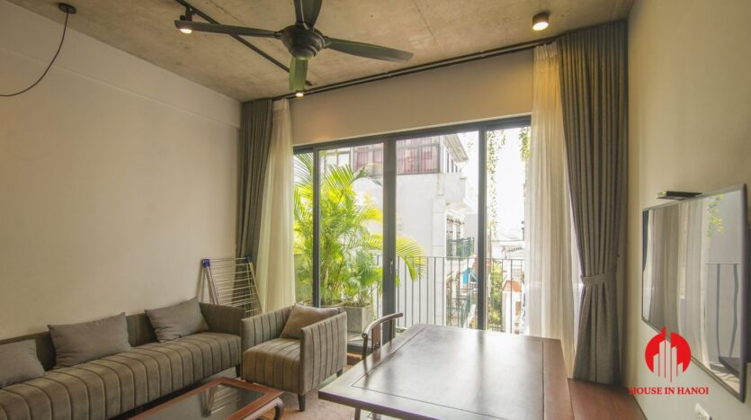 grey apartment for rent on tu hoa 7