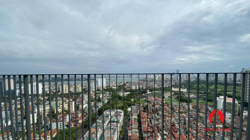 lake view 2 bedroom apartment in kosmo tay ho 14
