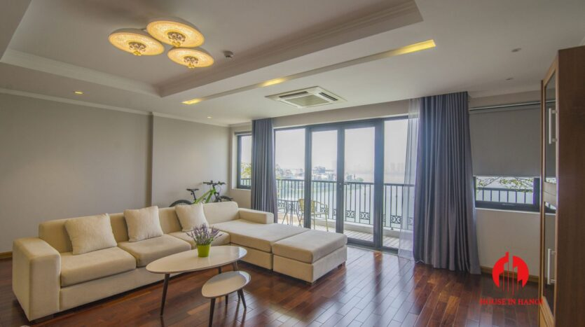 lake view 2 bedroom apartment on xuan dieu 5