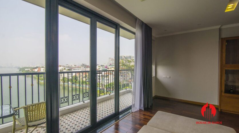 lake view 2 bedroom apartment on xuan dieu 6