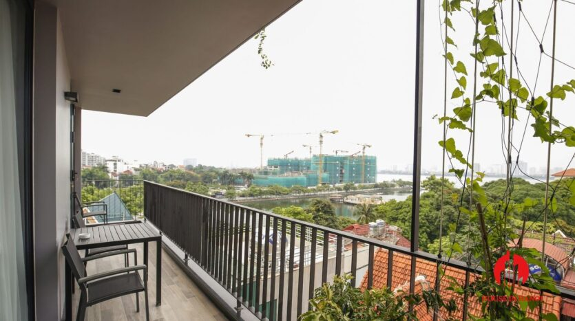 lake view 200m2 apartment for rent in tay ho 9