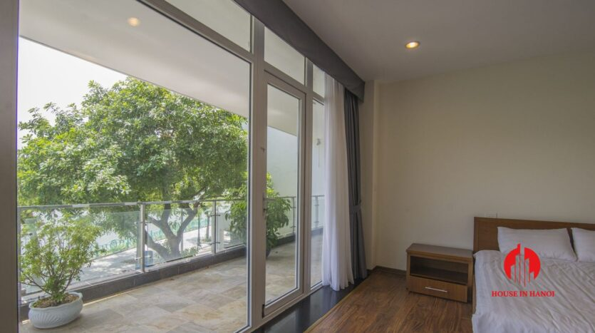 lake view apartmetn for rent on quang an 5
