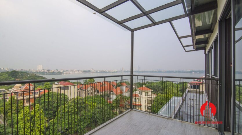 lake view penthouse for rent in tay ho 16