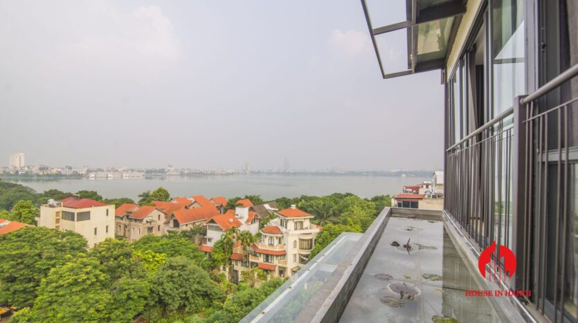 lake view penthouse for rent in tay ho 18