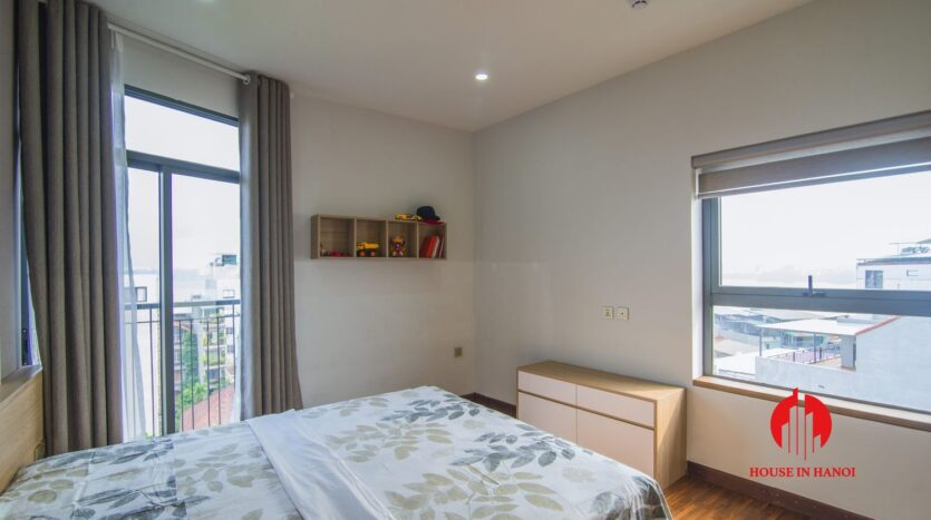lake view penthouse for rent in tay ho 25