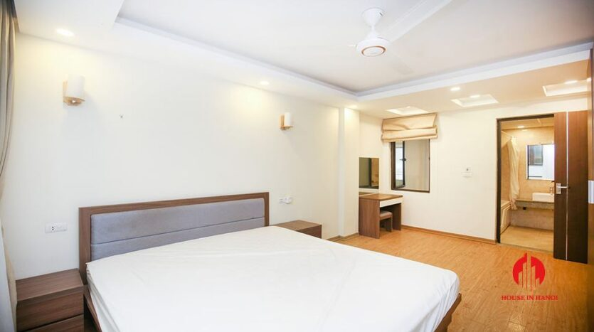 large cheap 2 bedroom apartment on to ngoc van 11