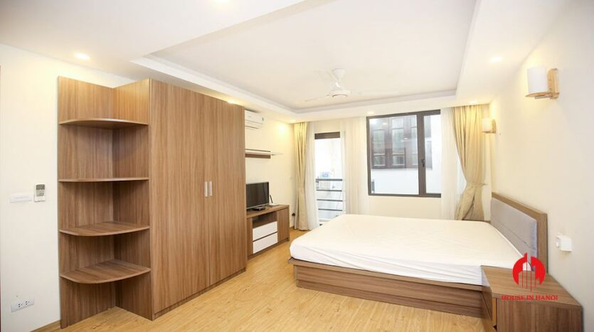 large cheap 2 bedroom apartment on to ngoc van 3