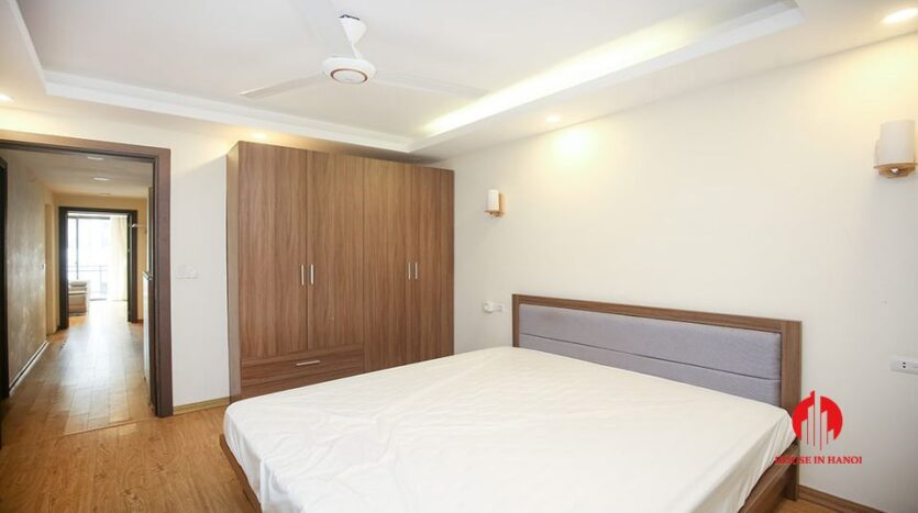 large cheap 2 bedroom apartment on to ngoc van 6