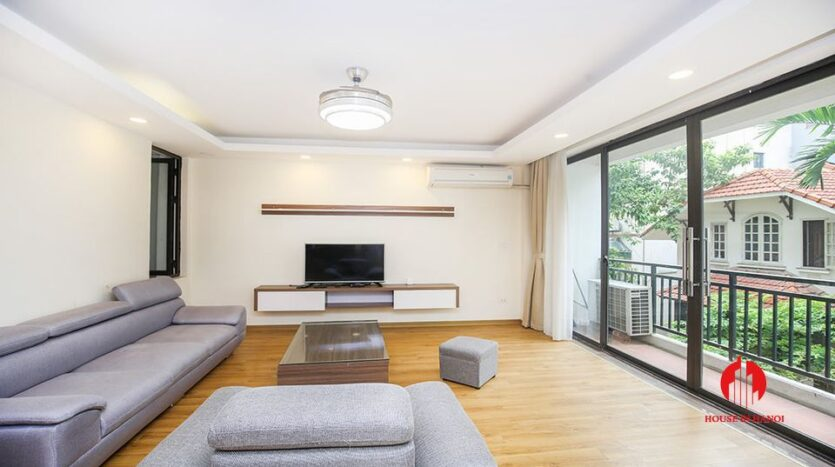 large cheap 2 bedroom apartment on to ngoc van 9