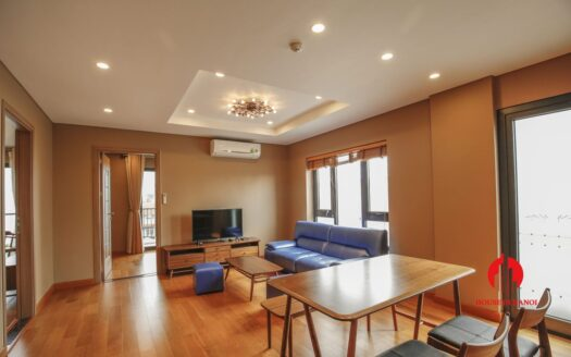 light cozy apartment for rent on to ngoc van 2