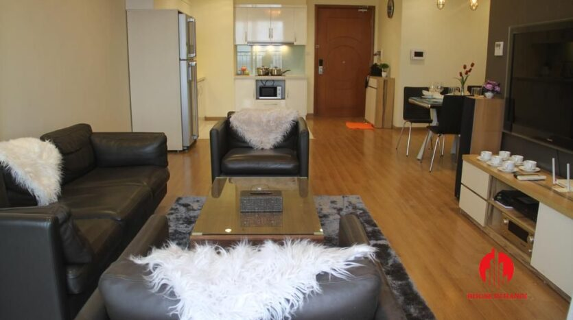 modish 2 bedroom apartment in vinhomes nguyen chi thanh 1