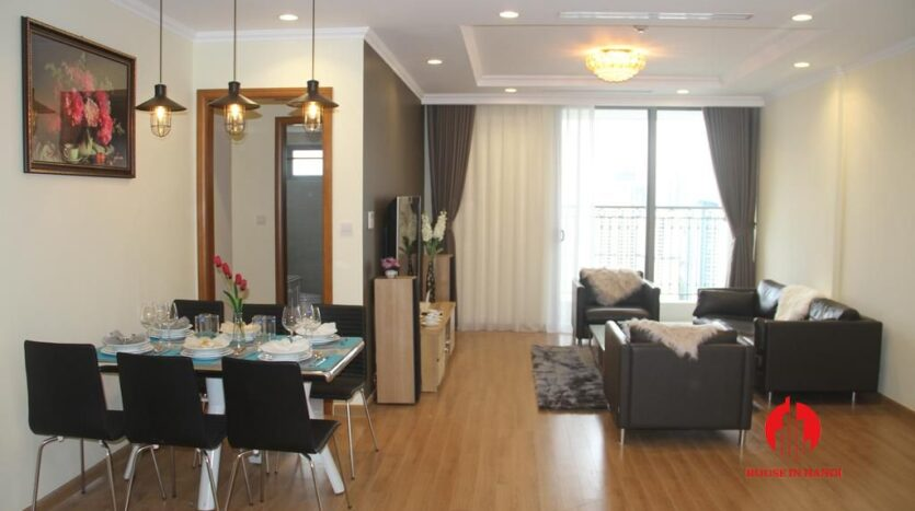 modish 2 bedroom apartment in vinhomes nguyen chi thanh 10