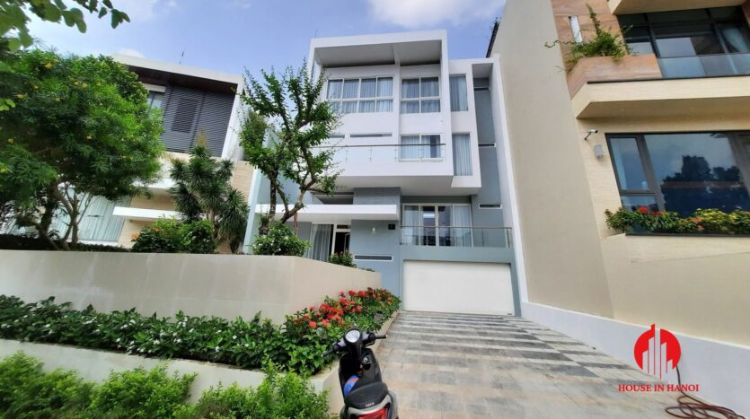 new princly villa for rent in q block ciputra 2