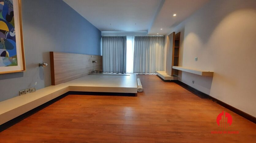 new princly villa for rent in q block ciputra 20