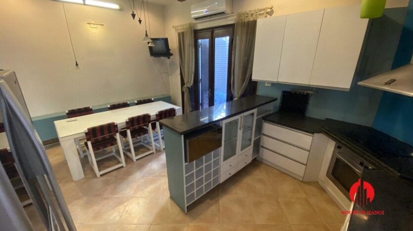 pet friendly house for rent in tay ho 3