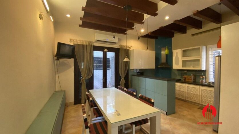 pet friendly house for rent in tay ho 4