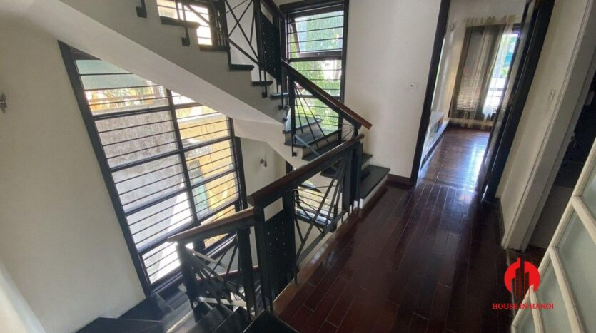 pet friendly house for rent in tay ho 5
