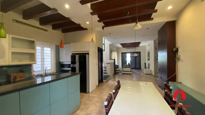 pet friendly house for rent in tay ho 9