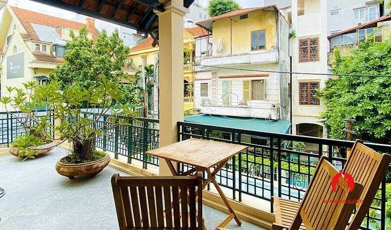 pool villa with lake view for rent in tay ho 17