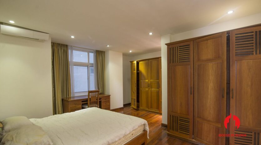 reasonable 3 bedroom apartment for rent on xuan dieu 10