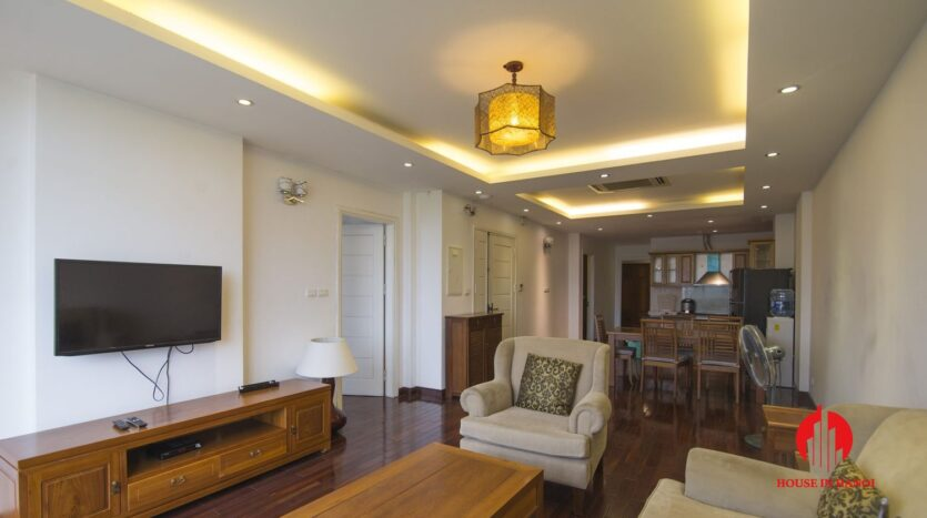 reasonable 3 bedroom apartment for rent on xuan dieu 3