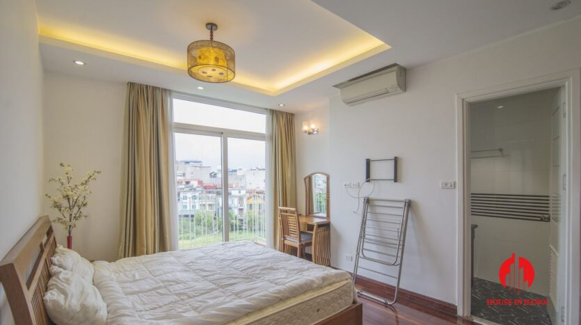 reasonable 3 bedroom apartment for rent on xuan dieu 6