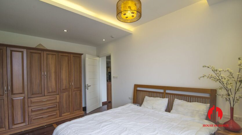 reasonable 3 bedroom apartment for rent on xuan dieu 9