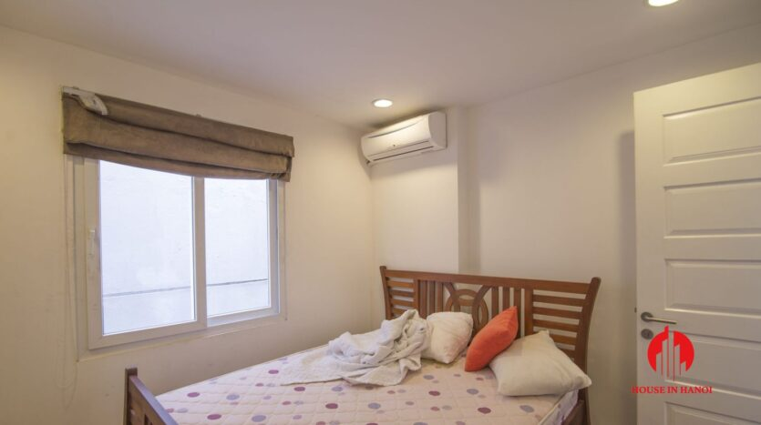 serene apartment for rent in tay ho 5