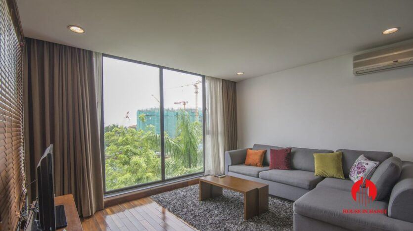 serene apartment for rent in tay ho 8