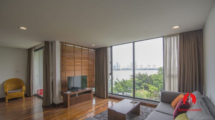 serene apartment for rent in tay ho 9
