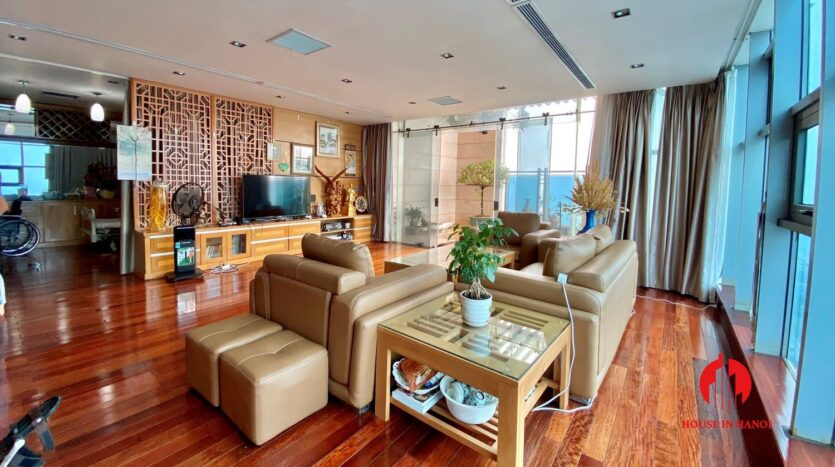 sky villa penthouse for rent in tay ho 12