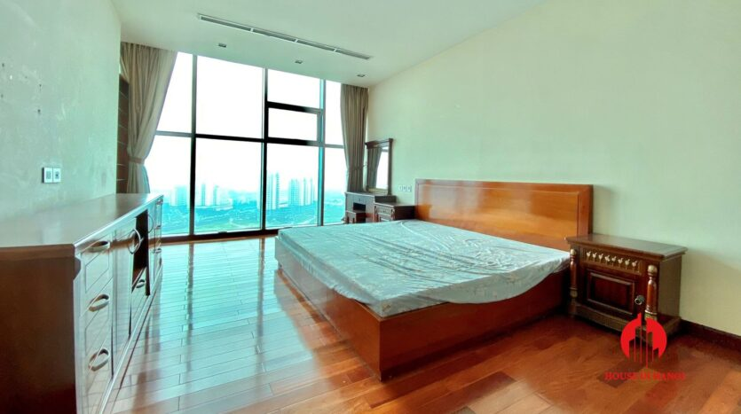 sky villa penthouse for rent in tay ho 15