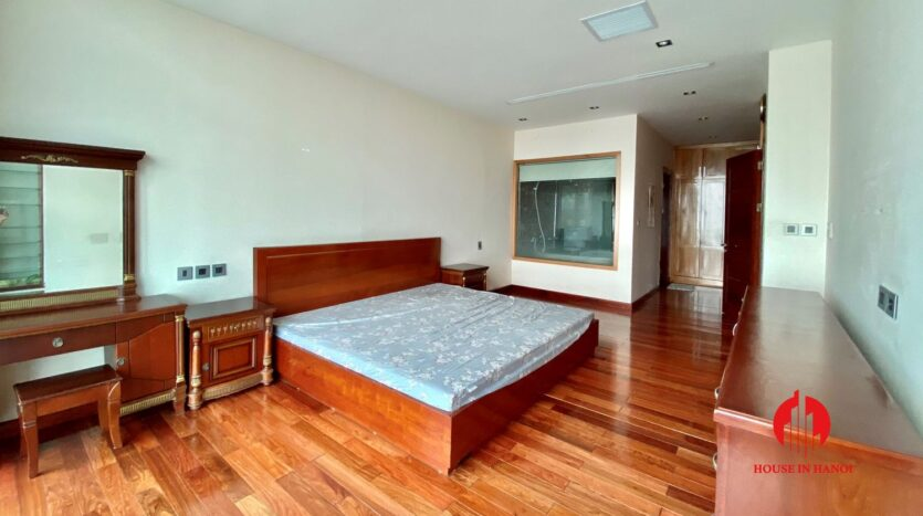 sky villa penthouse for rent in tay ho 20