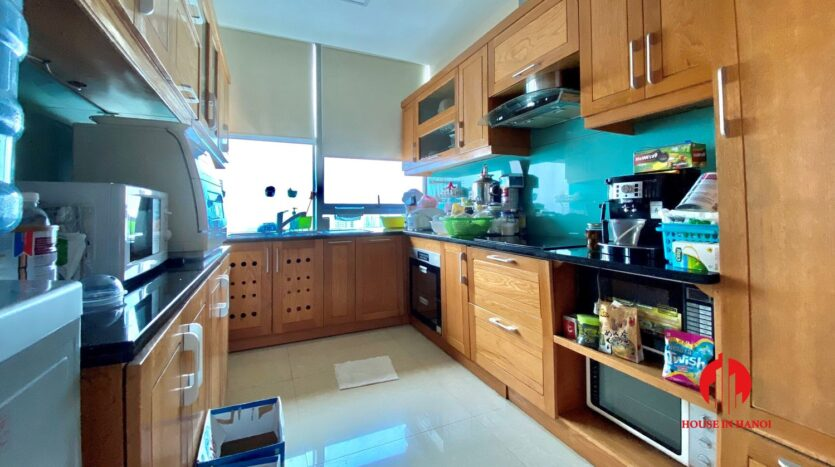 sky villa penthouse for rent in tay ho 26