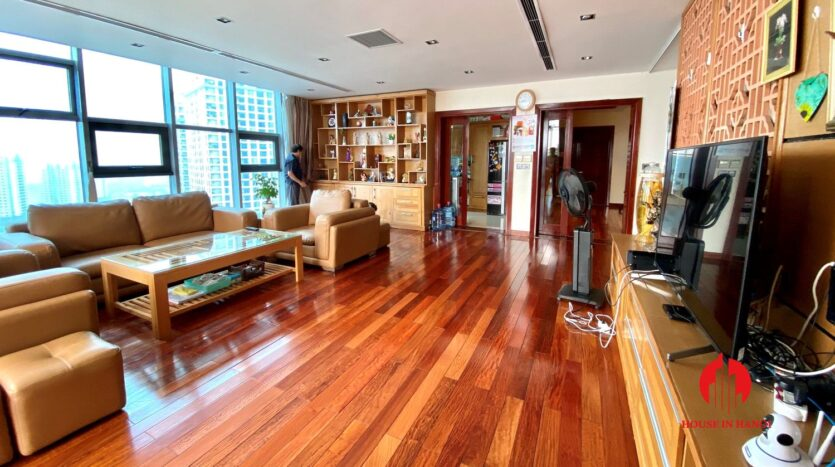 sky villa penthouse for rent in tay ho 29